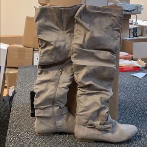 Never worn boots!!